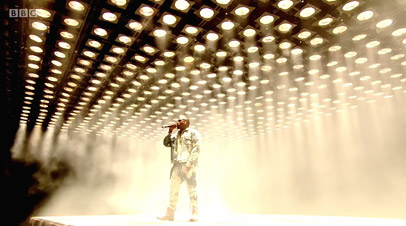 Kanye West Glastonbury Lighting Rig at Millennium Studios A Stage